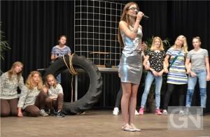"""Burgschüler proben für Musical """"Die Affenoper"""""""